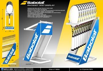 Présentoir sport loisir nature en métal pour raquettes de tennis BABOLAT